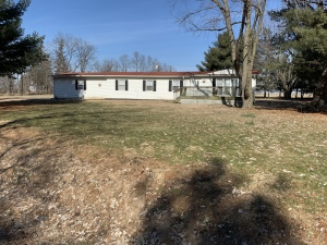 24448 Indian Point Athens IL Real Estate Auction