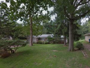 Chatham, IL 3 BR Real Estate And Personal Property Auction
