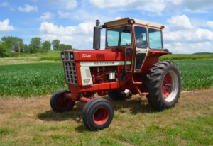 Jerry Everitt Tractorland 65 Year Tractor Collection