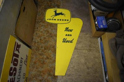 John Deere New and Used Sign