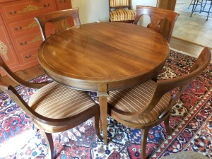 Morganton Dining Room Table And Chairs (8)