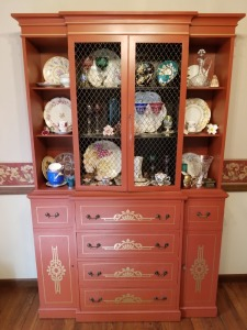 Mahogany Decorative Display Cabinet