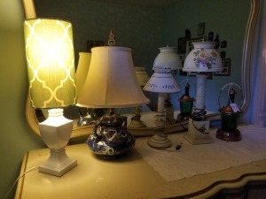 (4) Table Lamps and Lantern Lot
