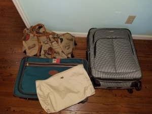 (3) Pieces Rolling Luggage