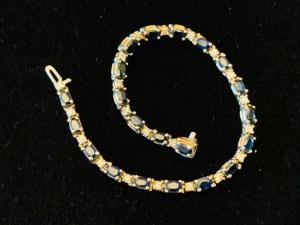 Ladies Sapphire And Diamond Bracelet 14K Gold