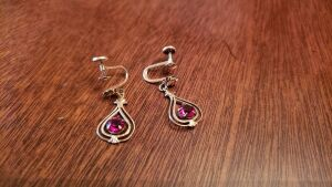 10 Kt Gold Pair of Ladies Drop Style Non Pierced Earrings