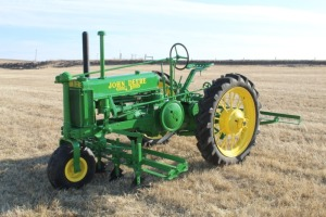 John Deere Salinas BN with Special Offset Rear Wheels