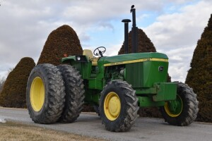 1975 John Deere 4630 Factory Open Station with FWA - Video Added