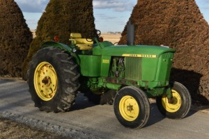 1971 John Deere 3020 Gas Powershift Standard - Video Added