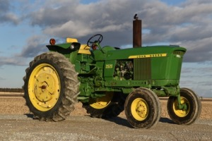 1971 John Deere 2520 1923 hour, Gas Syncro, Unbelievable Original - Video Added