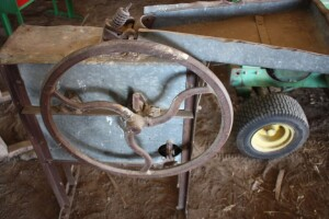 John Deere corn sheller NO 1 B