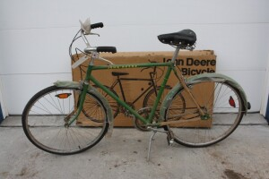 New John Deere Green mens 3 speed 26 inch with original box