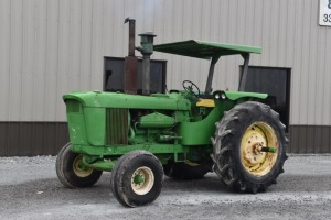 John Deere 6030 with Quick Hitch