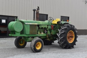 John Deere 4620 with Quick Hitch