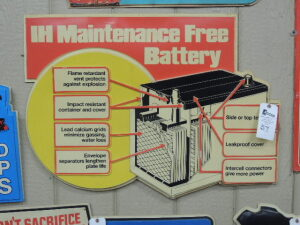 IH Maintenance Free Battery plastic dealer display