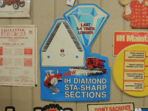 IH Diamond Sta-Sharp Sections plastic dealer display