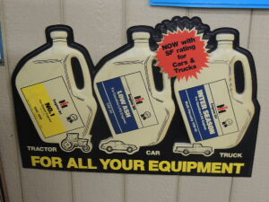 IH Engine Oils plastic dealer display