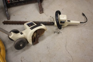 IH hedge trimmer and edger