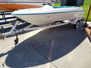 Jet Boat Hull And Trail Lot - Sea Rayder