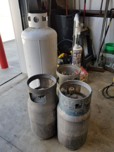 **Fork Lift Tanks Lot ( Empty)