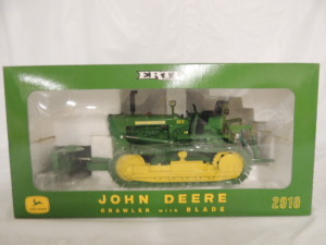 1/16th RC2 John Deere 2010