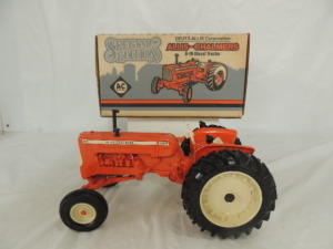 1/16th Ertl Allis-Chalmers D-19 Diesel