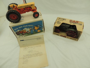 1/16th Ertl Case (2)-wide front tractors w/fenders