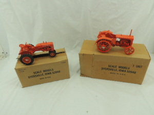 1/16th Scale Models Allis-Chalmers (2)-Louisville Farm Show tractors w/fenders