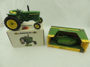 1/16th Ertl John Deere (2)-items
