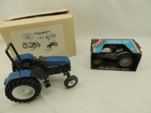 1/16th Ertl/Scale Models Ford/New Holland (2)-Collector Edition wide front tractors w/fenders