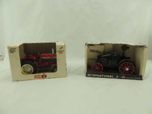 1/16th Scale Models International (2)-wide front tractors w/fenders