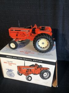 Allis-Chalmers 195 1/16th Scale Models Toy Tractor