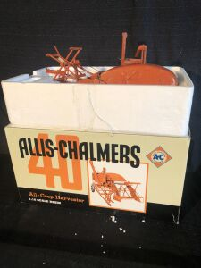 Allis-Chalmers 40 1/16th All-Crop Harvester Resin Spec-Cast Toy