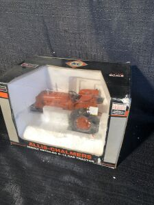 Allis-Chalmers D14 1/16 Spec-Cast Toy Tractor