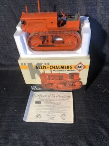 "Allis-Chalmers ""K"" 1/16 Spec-Cast Toy Crawler"