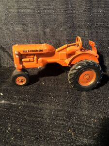 "Allis-Chalmers 1/16th ""C"" American Precision Products Toy Tractor"