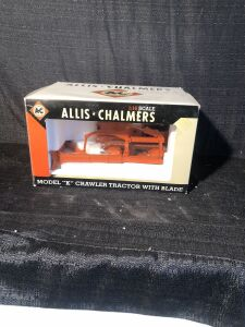 Allis-Chalmers Model K Crawler with Blade 1/16 Spec-Cast Toy Tractor