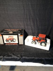 Allis-Chalmers 1/16th Highly Detailed 6080 Diesel Classic Series Spec-Cast Toy Tractor