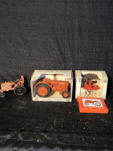 (4) Allis-Chalmers Tractor Toy Lot
