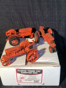 (3) Allis-Chalmers 1/16th Model RC Toy Tractor Lot