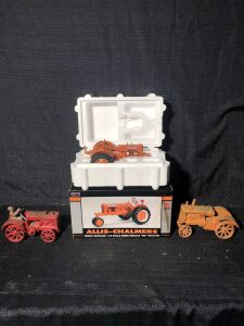 (3) 1/16th Allis-Chalmers Toy Tractors