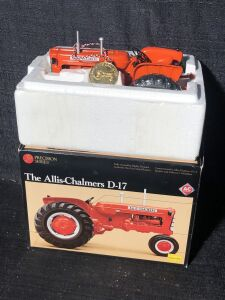Allis-Chalmers 1/16th D17 Precision Series by Ertl Toy Tractor