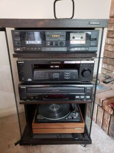 Sony Stereo Receiver Turntable, Tape Player , CD Player And Speakers