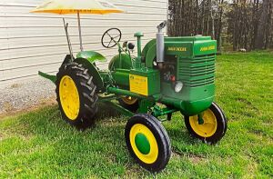 1944 John Deere LA with Moutned Plow