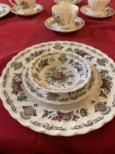 20 piece china set. 4 dinner plates, 4 bread plates, 4 saucers, 4 cups, 4 dessert bowls. Made in England