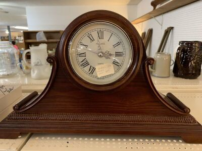 Wallace mantle clock.