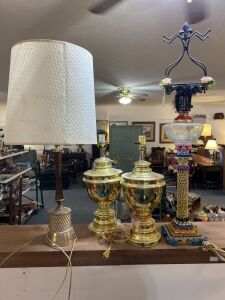 4 Large Lamps