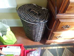 Wicker clothes hamper