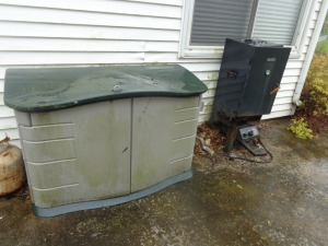 4' gray storage bin and smoker