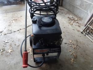 ChoreMaster power washer, 2300 psi, 6.75 hp Briggs engine